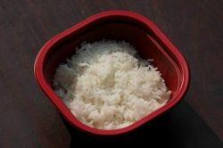 Vorgekochter sofortiger Reis