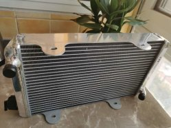 De aluminio de alto rendimiento de todos los radiadores de coche de carreras