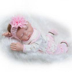 生まれ変わるスリープの状態であるベビードールの柔らかいビニールのリアルで現実的な20インチは新生の人形のギフトセットを重くした