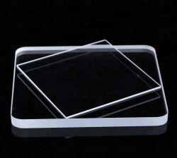 Arrondir les coins de la plaque de verre de quartz clair carré
