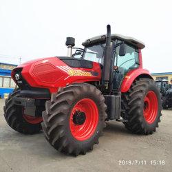 中国製130HP 4WDの小型トラクターの車輪のバックホウのローダーが付いているディーゼル農業の芝生の庭の農場トラクター