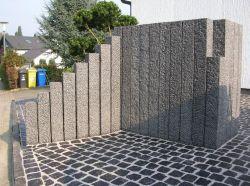 Gadenのための柵、屋外の装飾を囲う特大中国の玄武岩の花こう岩