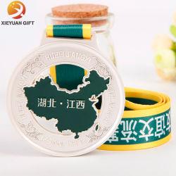 Покрытие Silver бесплатные образцы дизайна пользовательских марафон медаль