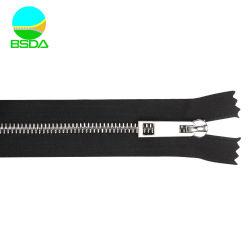 A extremidade fechada grossista personalizado de aço inoxidável com 3 dentes Zipper Suíço
