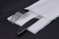La Chine fournisseur meilleure vente de gros de linge de table Serviettes couleur