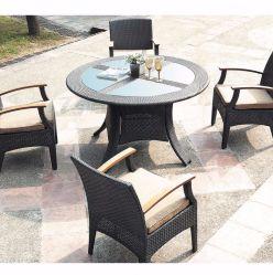 Rattan-Garten-Stuhl- und Tischmöbel