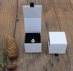 La coutume et de commerce de gros anneau de papier Papier irisé Flip Case, Creative Earrings boîte à bijoux