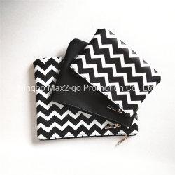 Zwarte Witte Reeks 3 van het Toilet van de Druk van de Zigzag Volledige in 1 Kosmetische Zak van Nappa Pu