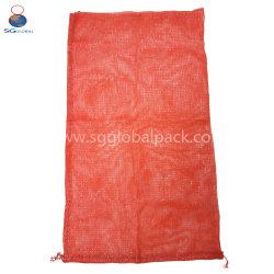 La Chine rouge durable personnalisé de gros L-couture sac Mesh Poly de produire pour les emballages de bois de chauffage d'oignons de pommes de terre