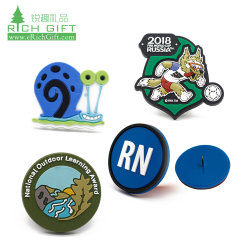 Promotie Custom 3d Logo Siliconen Patch Id Name Pin Badge Promotion Wholesale Clothing Clothes Garment Embossed Magnet Plastic Soft Pvc Rubber Badge