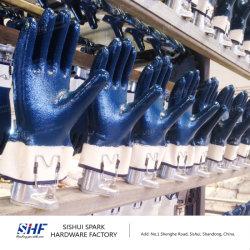 機械を浸す手袋を切るか、または縫いなさい