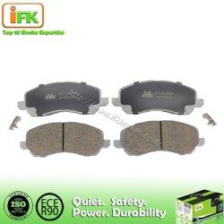 Il rilievo posteriore di ceramica semimetallico del freno a disco dei ricambi auto per Nissan Teana Murano X-Strascica 044608h385 Gdb3508 D1415/D1393