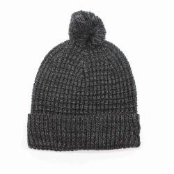2019 Nueva llegada Pompom Tejido de poliéster acrílico y tapa de piel invierno Beanie Hat