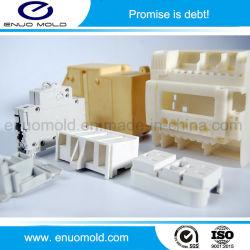 電子デジタルコネクターの高精度の注入のプラスチックによって形成される部品またはコネクターの部品