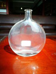 ガラス製品かすべてのサイズのガラスワインまたはウォッカまたはアルコール飲料または精神のびん500ml