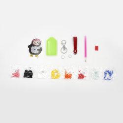 عرض ترويجي للهدايا التعليمية ألعاب دياموند مصنوعة يدويًا سلسلة مفاتيح حرف أكريليك