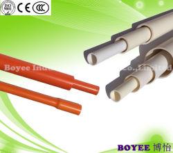 PVC電線の配線のプラスチック管