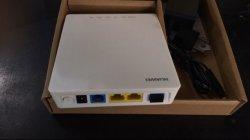 RJ45 LAN ポート × 2 大型オリジナル Huawei GPON SC UPC コネクタ付き ONU Hg8120c