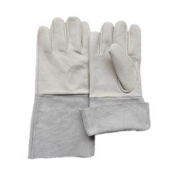 長い籠手は熱の耐火性のオーブンの革靴手の保護革作業ティグ溶接の手袋を絶縁した