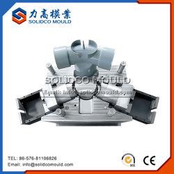 高品質CPVCの管付属品型のプラスチック管型