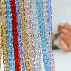 خرز على شكل مكعب من الزجاج متعدد الألوان