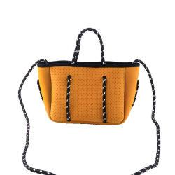Borsa perforata di modo del neoprene di nuovo arrivo per le borse pieghevoli delle donne dei sacchetti laterali del Tote della spiaggia
