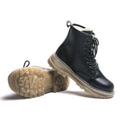 Scarpe casual con plateau invernale in vera pelle e marca Stivale da caviglia donna