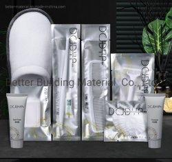 Preiswerte Hotel-Annehmlichkeits-Badezimmer-Installationssatz-Wegwerftoilettenartikel-Zubehör für Gast