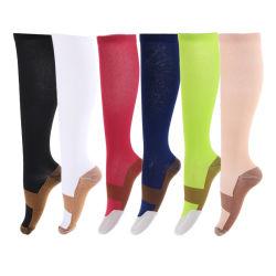 Meglio per 20-30 calzini atletici correnti antibatterici di rame di compressione del calzino degli uomini di modo di sport di corsa di volo di mmHg