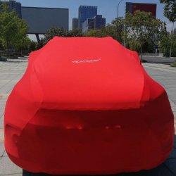 De hete Punt Aangepaste AutoDekking van de Dekking van de Auto van de Luxe van het Embleem Stofdichte Elastische Binnen