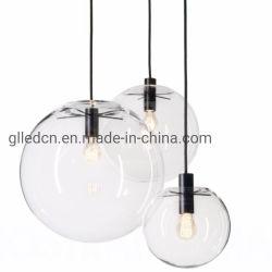 現代北欧の光沢の地球の吊り下げ式の照明設備のホームDecoのガラス玉のペンダント灯E27は販売のためのガラスハングランプを取り除く