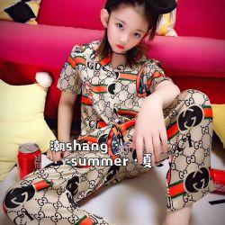 Les enfants d'usure. Les vêtements pour enfants. La dernière Pajama en deux pièces d'été, de la marque de l'impression de la conception, la fibre de polyester, de haute qualité à l'aise Pajama Set.