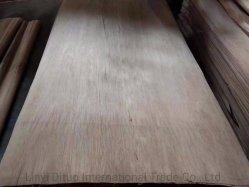2140X915X0.15mm-0.6mm家具の合板のヨーロッパの市場のための自然な木製のOkoumeおよびPlbのベニヤ