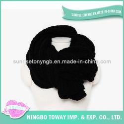 Sciarpa nera su ordinazione del poliestere del collo lungo acrilico delle donne