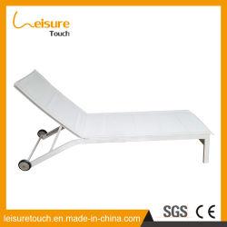 Lit de repos le pliage intérieur extérieur des meubles en rotin lit chaise longue couché
