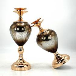 ホーム表のセンターピースの装飾の金属の立場の装飾的な蝋燭ホールダーと結婚する割れたガラス蝋燭ホールダー