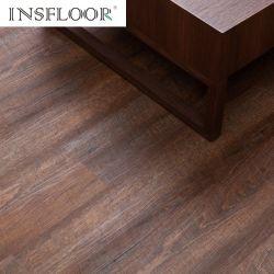 أرضية من مادة PVC مرتفعة أسعار أرضية خشبية مصممة بشكل صلب بلاط الأرضيات الخشبية
