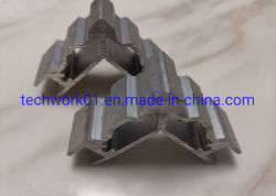 La parentesi di alluminio su ordinazione, i connettori, i tubi, T scanala le parentesi, le giunture di angolo, il connettore d'angolo, la parentesi d'angolo, i piatti uniti, T scanala le parentesi, angolo di alluminio