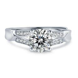 럭셔리 1ct Vs Moissanite Wedding Band Rings Women′ S 925 스털링 실버 다이아몬드 링 약혼 귀금속