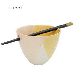 De ceramische Unieke Kom van de Noedel van de PUNT van Twee Toon met Eetstokjes