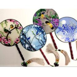 Arte tradizionale cinese Handmade del ricamo del ricamo di /Suzhou del ventilatore dei prodotti finiti del ricamo/pittura decorativa di seta
