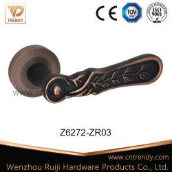 Het Handvat van de Hardware van het Meubilair van de deur op het Ronde Antieke Koper van de Rozet (z6272-zr03)