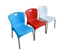 Цветные пластмассовые стек ресторанов стулья
