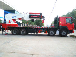 شاحنة رافعة محمولة عالية الخدمة من النوع Sinotruk HOWO 6X4 حمولة 10 أطنان لرفع حاوية الألواح الفولاذية