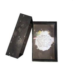 命令本のパーティー用のゲームセットが付いているカスタム印刷の占いカードのデッキのOracleカード・セットは磁気ギフト用の箱によって詰まった