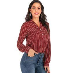 سعر التصفية أزياء النساء للبيع الساخن متنوع المزايا الترفيه الحضرية على شكل V قميص رفيع