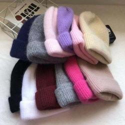 Les femmes de l'hiver tricoter POM POM PAC Beanie Hat tricotés avec de la fourrure Pompom pour les femmes Lady