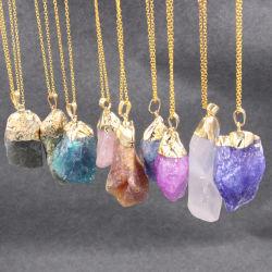 مجوهرات الحجر الخام النحاسي Alloy غير منتظمة ملونة عقد سلسلة الحجر الطبيعي مجوهرات الحجر الطبيعي كريستال ستون عقد للمرأة