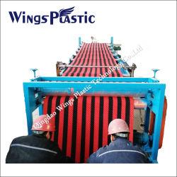 خط إنتاج الحصيرة الأرضية البلاستيكية المضادة للانزلاق PVC / آلة الطرد / آلة الطرد