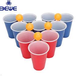 Parti rouge tasses et des balles en plastique de promotion de la bière pong jeu